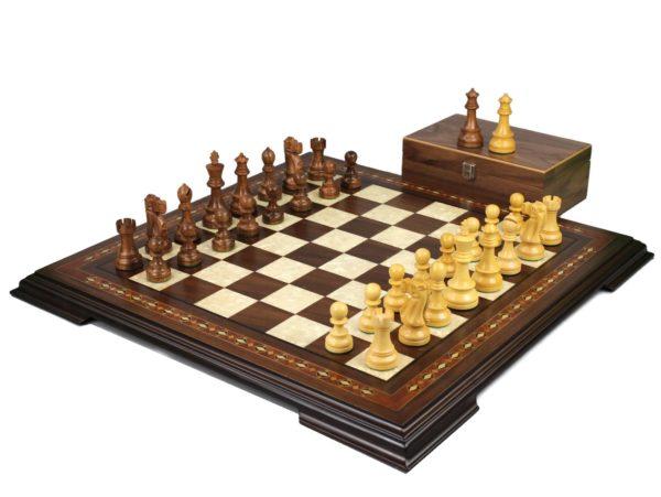 walnut staunton chess set with reykjavik staunton chess pieces